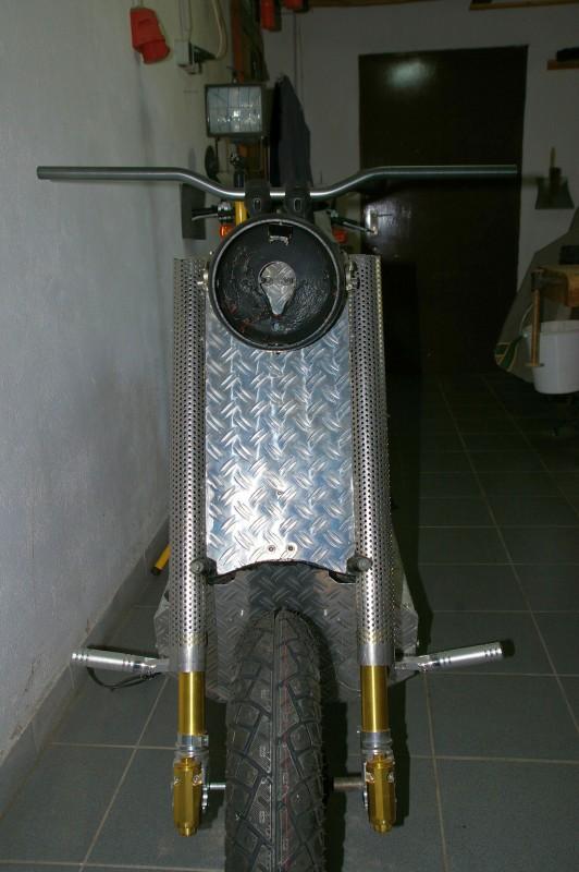 Frontscheinwerfer3